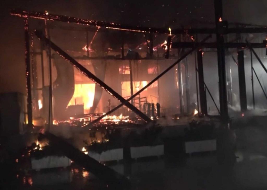 Μύκονος – Φωτιά ξέσπασε σε εστιατόριο