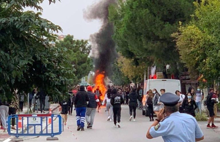 Θεσσαλονίκη – Σοβαρή καταγγελία εκπαιδευτικών και γονέων – Ακροδεξιοί παριστάνουν τους «μαθητές»