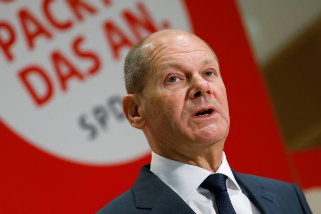 Γερμανία – «Καλός» ο συνασπισμός «φανάρι» δηλώνει ένας στους δύο πολίτες