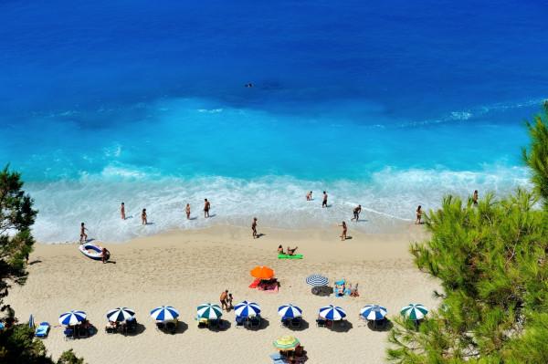 Τουρισμός - Τα δύο ελληνικά νησιά που είχαν άνοδο 150% στις αφίξεις τουριστών