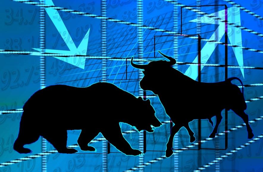 Ο κόσμος είναι γεμάτος μετρητά – Το ρεκόρ σε M&A και IPOs και η φρενίτιδα για τα crypto