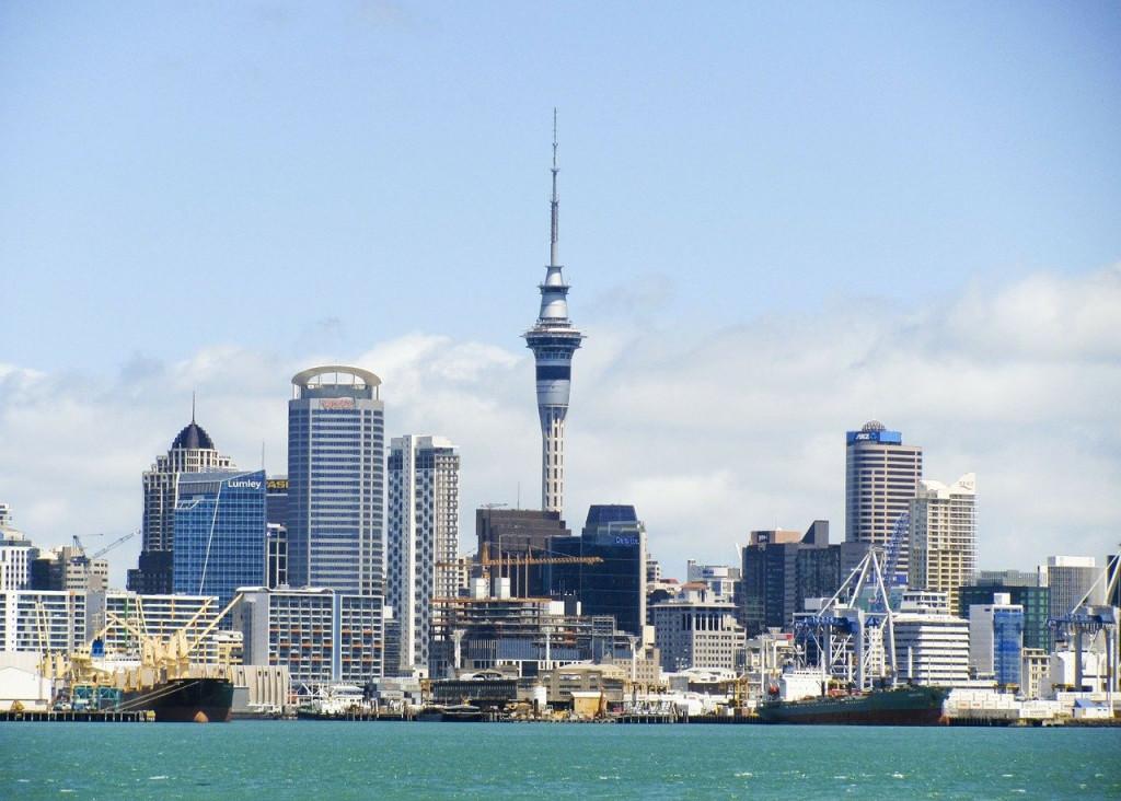 Κοροναϊός – Η Νέα Ζηλανδία εγκαταλείπει την προσπάθεια να μηδενίσει τα κρούσματα