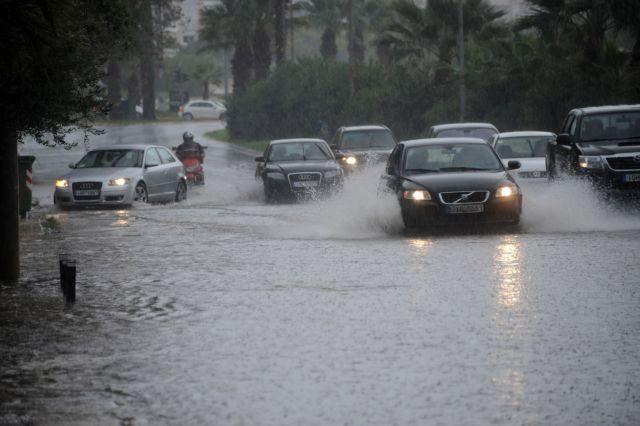Καιρός – Ισχυρές βροχές, καταιγίδες και χαλάζι – Ποιες περιοχές θα επηρεαστούν περισσότερο