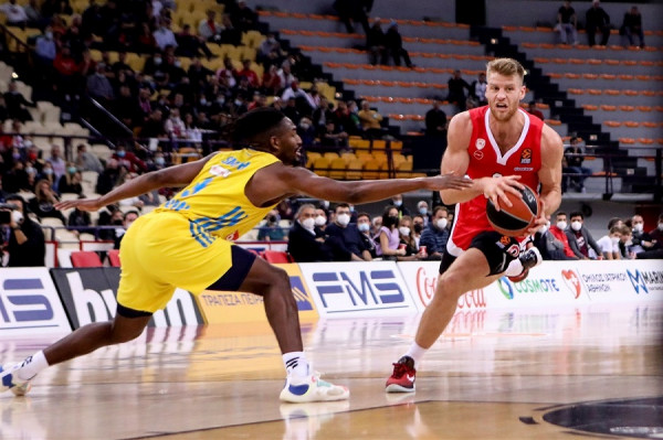 Ολυμπιακός - Φενέρμπαχτσε 67 - 65